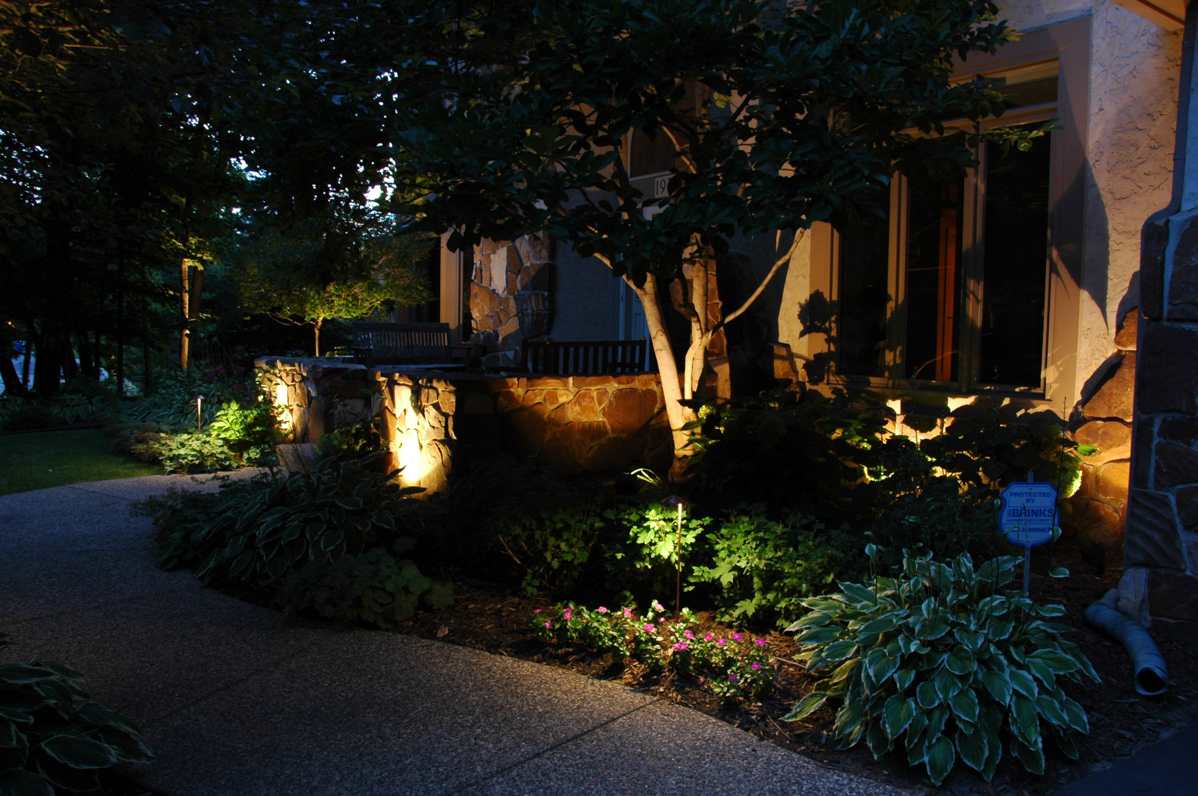 Exterior Lighting Solutions For Decoration Safety